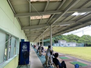 日向シーサイドゴルフクラブ打席場鉄骨塗装工事 令和3年5月27日完了